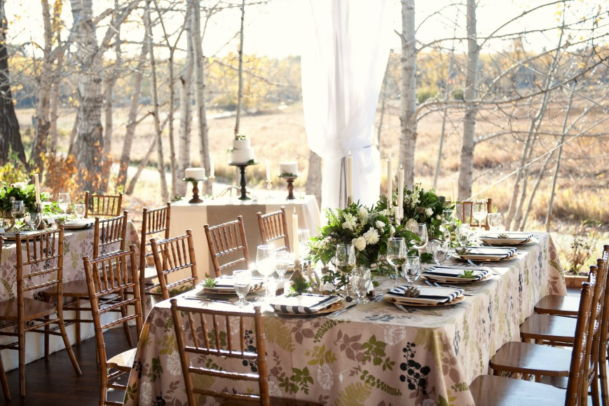 Natural Mountain Wedding Inspiration by Naturally Chic | Photo Tara Whittaker Photography