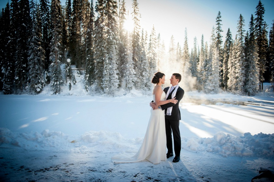 Emerald Lake winter wedding from Naturally Chic| Photo Credit: f8 Photography Inc.