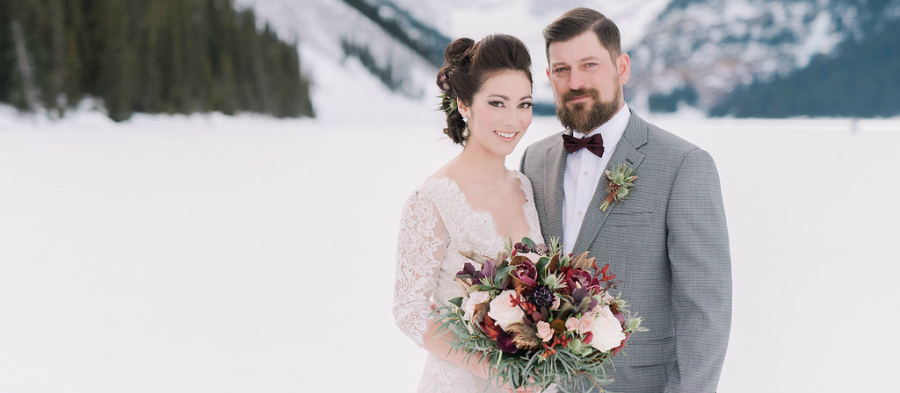 Lake Louise boho winter wedding by Naturally Chic | www.naturallychic.ca | Photo by Darren Roberts Photography